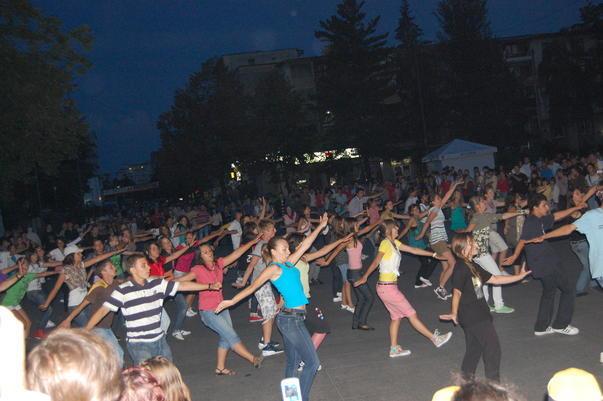 Flash Mob in Pitesti
