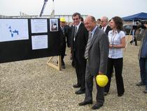 Basescu a vizitat vineri santierul de la Titu
