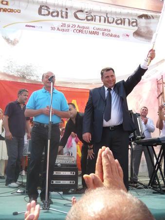 Basescu la Zilele Culturii Armane 2009