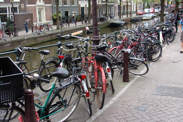 Canale si biciclete