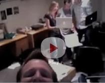 Distractie la birou