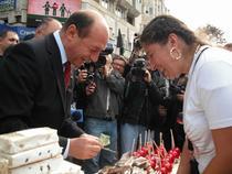 Basescu, cumparand susan