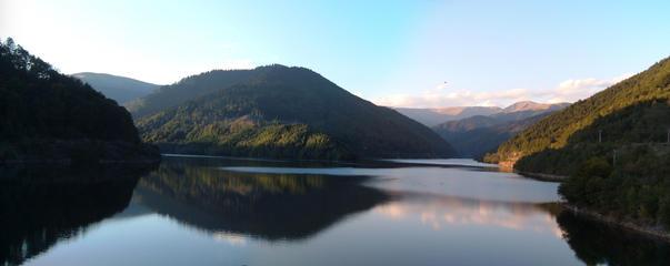 Vedere de pe barajul Rausor