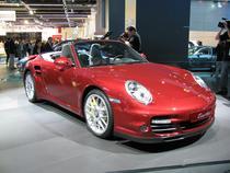 Porsche planuieste hibride si un SUV mai mic