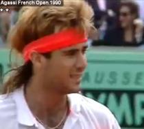 Andre Agassi, incurcat de peruca