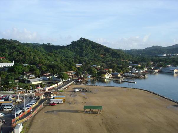 Portul Roatan