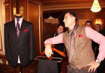 Fotogalerie: Cum se executa un costum barbatesc la comanda (Alexandru Ciucu)