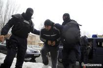 Zeci de persoane au fost ridicate pentru audieri in cazul furtului de arme de la unitatea militara din Ciorogarla