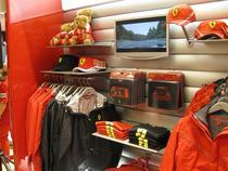 FOTOGALERIE: Deschiderea magazinului Ferrari Store Bucuresti