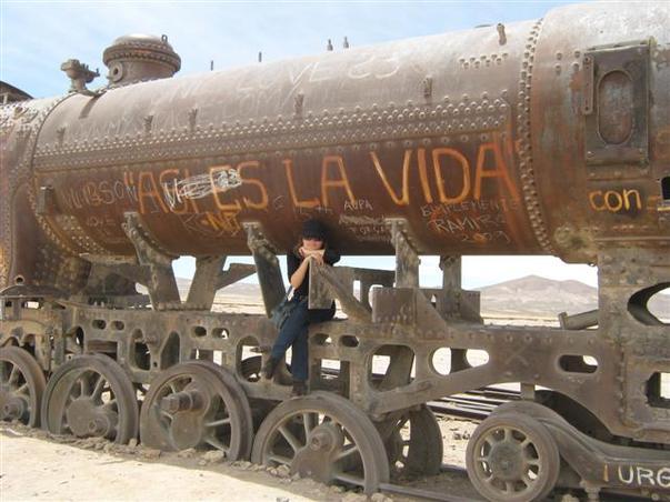cimitirul de locomotive
