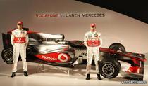 Button, pentru prima data la volanul McLaren