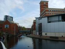 Birmingham de-a lungul canalelor
