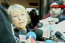 Presedintele Michelle Bachelet vorbeste presei