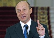 Basescu premier?