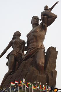 Statuia din Senegal dedicata renasterii Africii