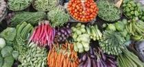 Cinci portii pe zi de legume si fructe nu tin cancerul la distanta