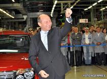 Traian Basescu a primit cheile noii masini