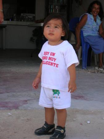 un nino mexicano muy inteligente...