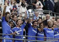 Chelsea a reusit dubla