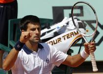 Djokovic, meci cu Hanescu in turul trei