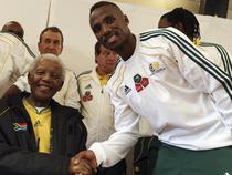 Nelson Mandela rateaza deschidere CM