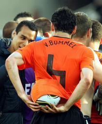 Van Bommel, hotul de mingi