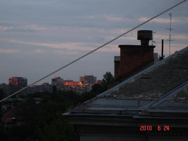 Apus de soare in cartier (2)