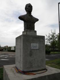 Statuia lui Dobrin din Trivale