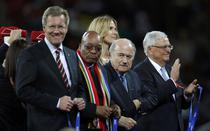 Blatter, huiduit la finala CM