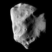 Asteroidul Lutetia