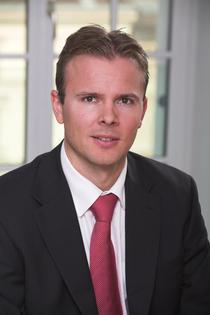Juraj Kotian, Erste Bank
