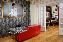 beauty lounge Shades
