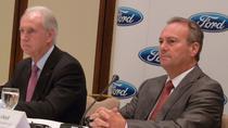 John Fleming (stanga) si Stephen Odell, noul sef Ford Europe