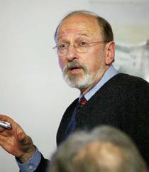 Arheologul John Nandris