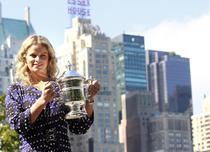 Clijsters castiga US Open, dar coboara in clasament