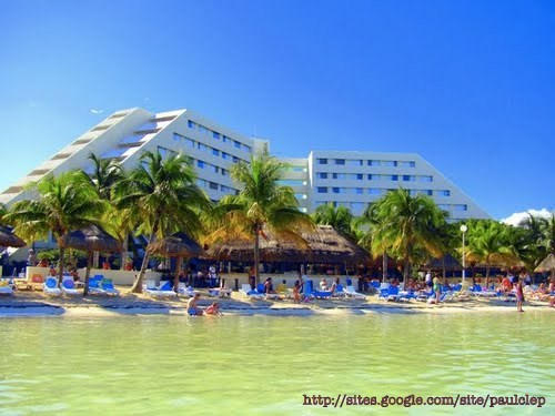 Oasis Palm Beach Hotel