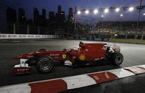 Fernando Alonso, rapid in Singapore