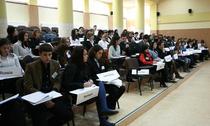 Conferinta incepe pe 3 decembrie