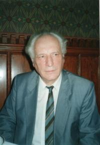 Tibor Toro