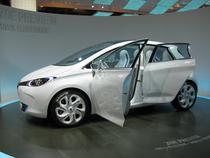 Renault Zoe, unul din vehiculele electrice pe care francezii le vor lansa