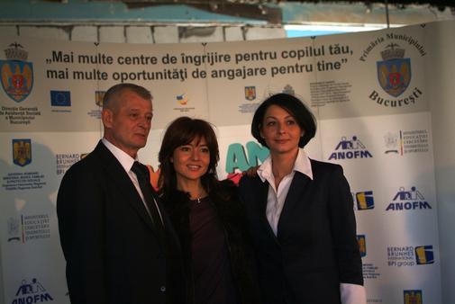 Sorin Oprescu, Oana Sarbu si Cosmina Simiean, directoarea DGASMB