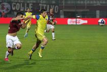 Duel pentru minge in Rapid - Steaua