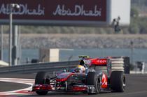 Lewis Hamilton, cel mai bun timp in antrenamentele de la Abu Dhabi