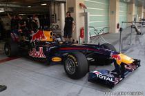 Vettel (Red Bull) testeaza noile pneuri
