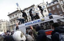 Studentii protesteaza impotriva taxelor de scolarizare