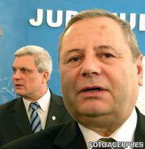 Constantin Trihenea si ministrul Ion Ariton