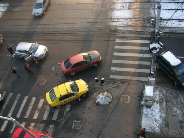 alt accident, in aceeasi intersectie