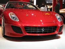 Ferrari pregateste un asalt al senzorilor