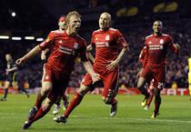 Kuyt, gol important pentru Liverpool