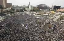 Zeci de mii de egiptenii s-au rugat vineri in Piata Tahrir
